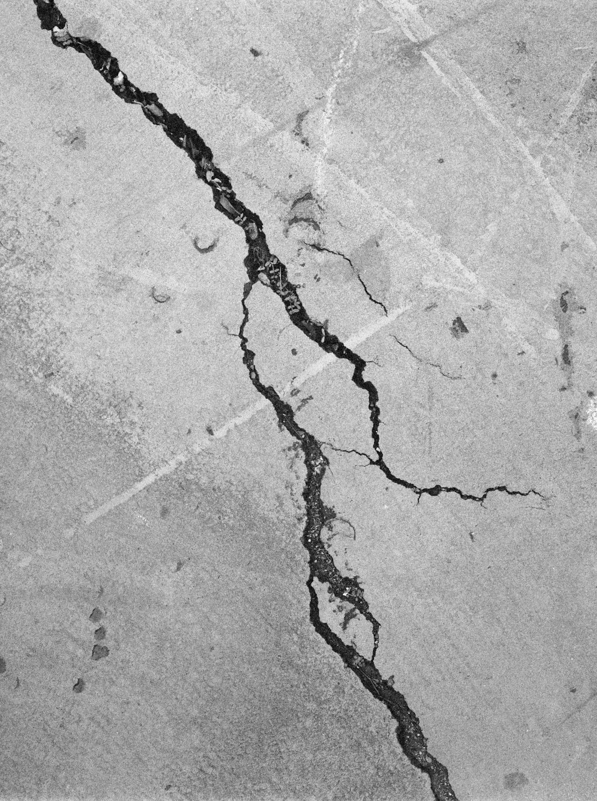 Restos de um Êxodo pelo Fotógrafo Al J Thompson Artes & contextos Ilford Delta 3200 66